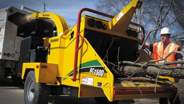 Wood Chipper 12 Inch Diesel Vermeer Rentals Falmouth Ma Where To Rent Wood Chipper 12 Inch Diesel Vermeer In Falmouth Massachusetts Cape Cod Mashpee Pocasett Cotuit Forestdale Sandwich Ma